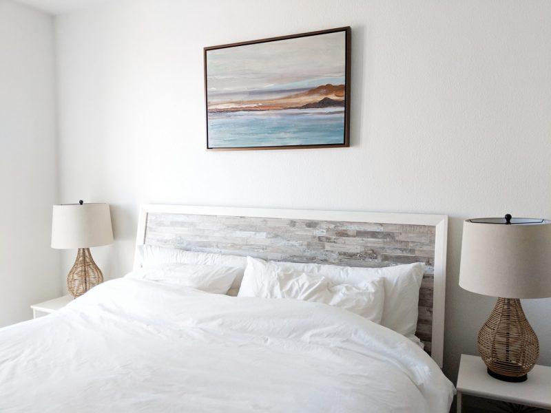 bed-slaapkamer-wit