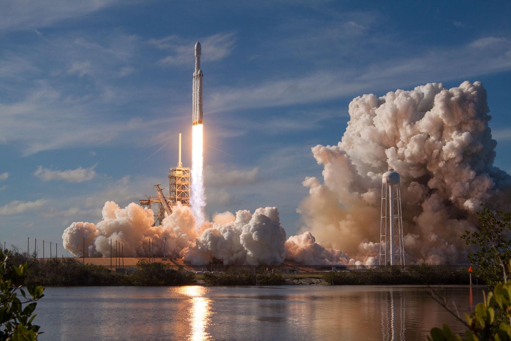 raket-reis-naar-de-maan