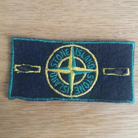 vintage-badge-groene-rand-stone-island