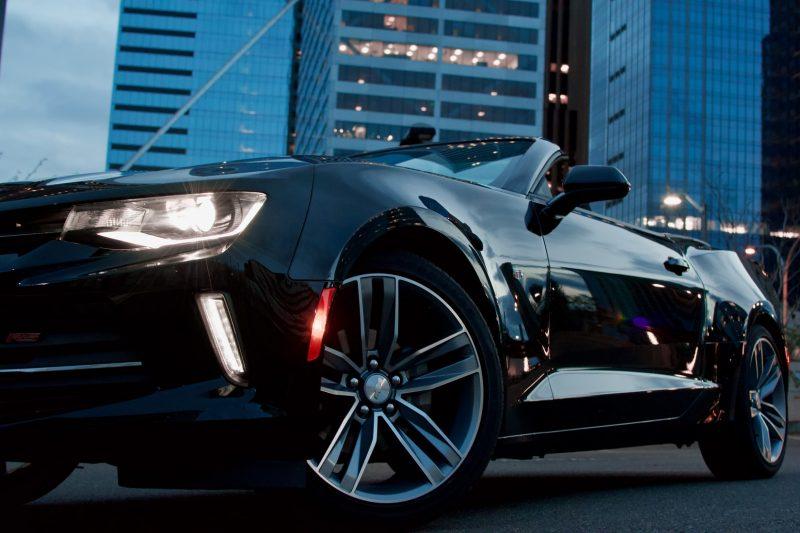zwarte-auto-cabrio