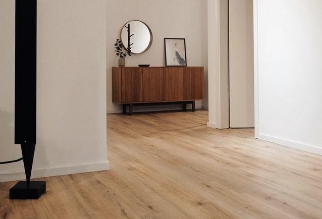 licht-hout-laminaat-vloer
