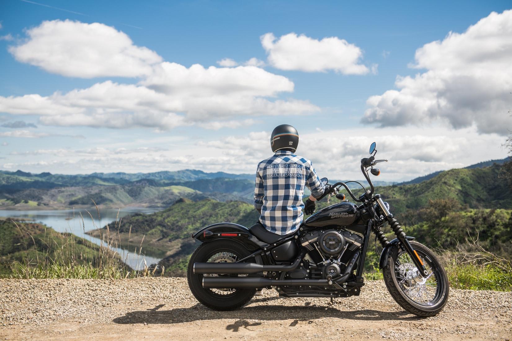 motorrijder-bergen