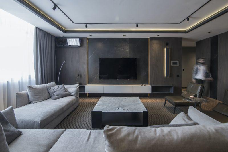 moderne-woonkamer-grijs