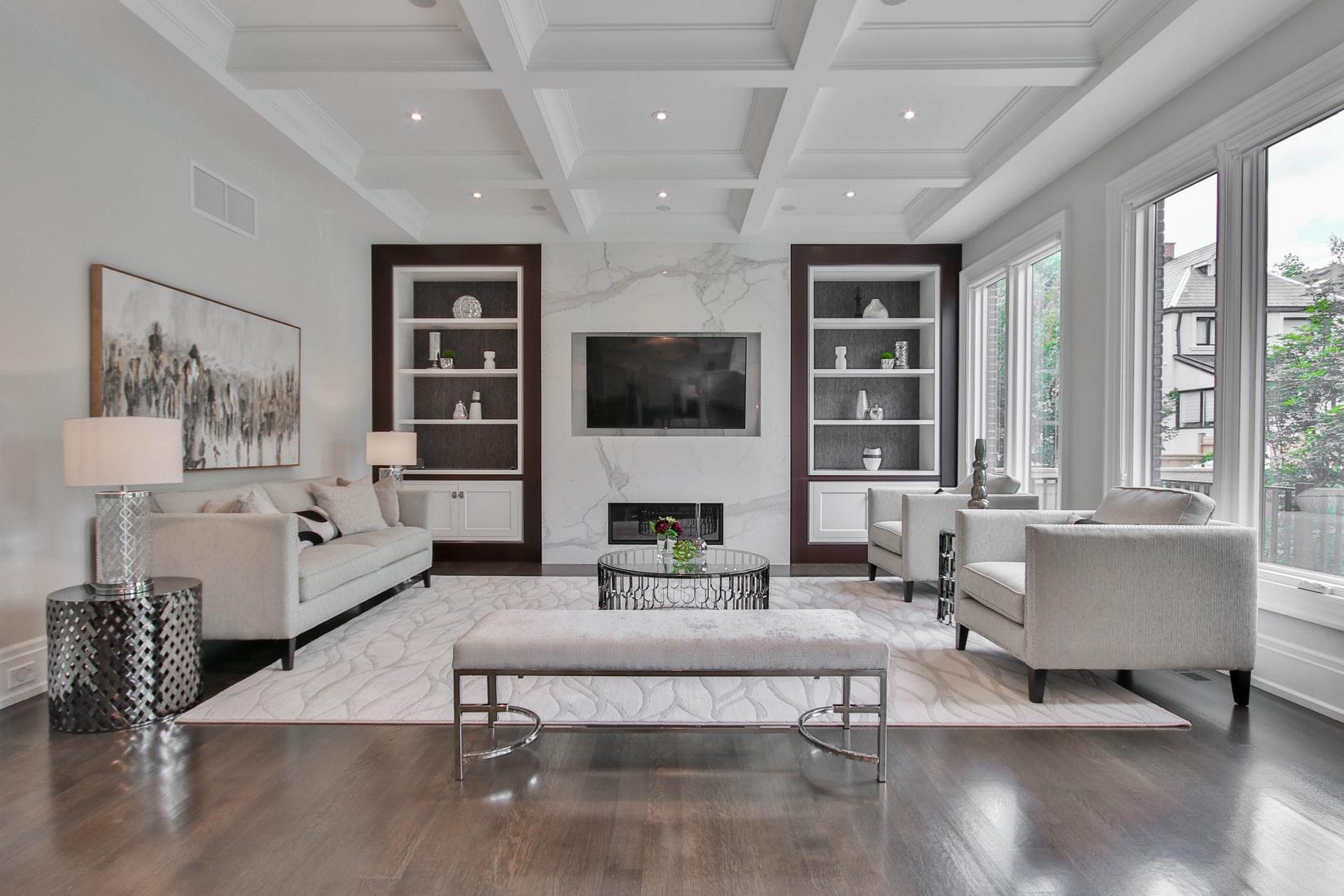moderne-witte-woonkamer