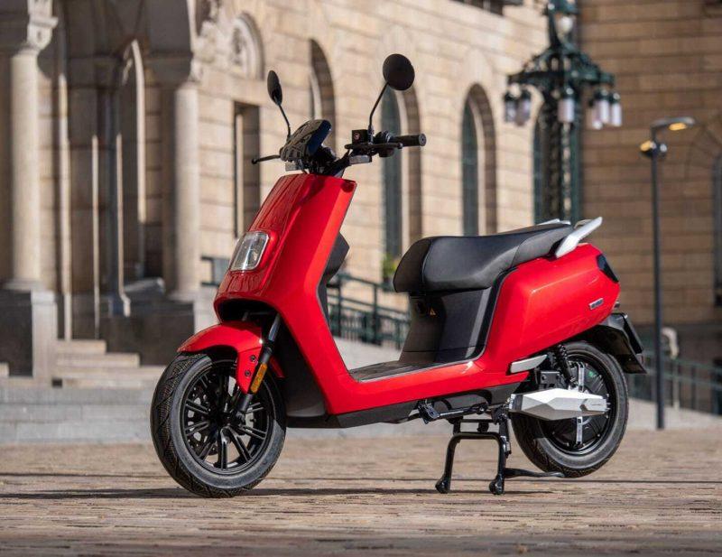 elektrische-rode-scooter