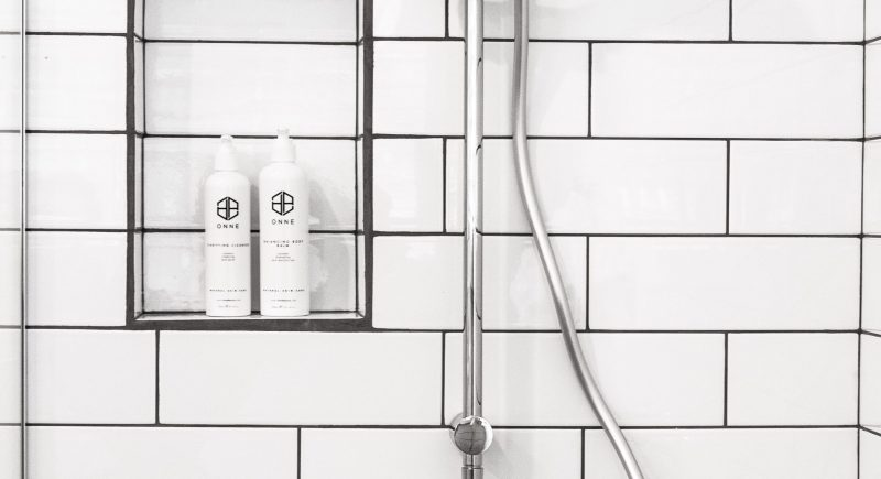 shampoo-witte-badkamer
