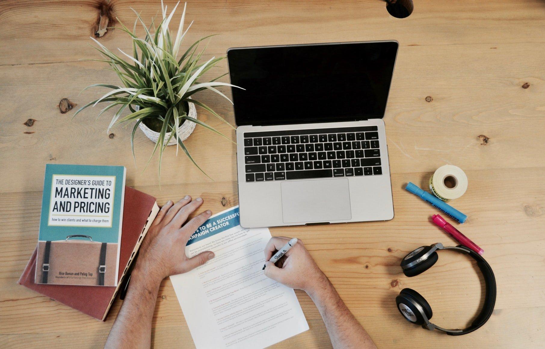 werken-marketing-laptop
